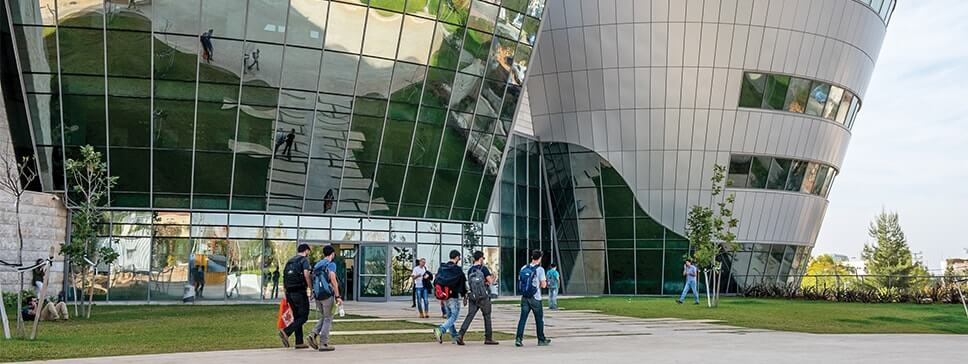 לימודי הנדסת חשמל ואלקטרוניקה בהתמחות אלקטרואופטיקה באוניברסיטת אריאל