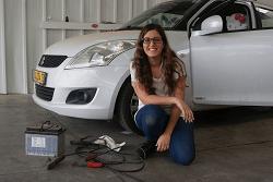 הסטודנטית שמוכיחה שעולם הרכב הוא ממש לא לגברים בלבד