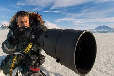 רועי גליץ במהלך פרויקט צילום בקוטב הצפוני. צילום: יובל אופק