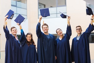 """החלטה של מל""""ג צפויה לאפשר תואר שלישי באוניברסיטה הפתוחה ובמרכז הבינתחומי הרצליה"""